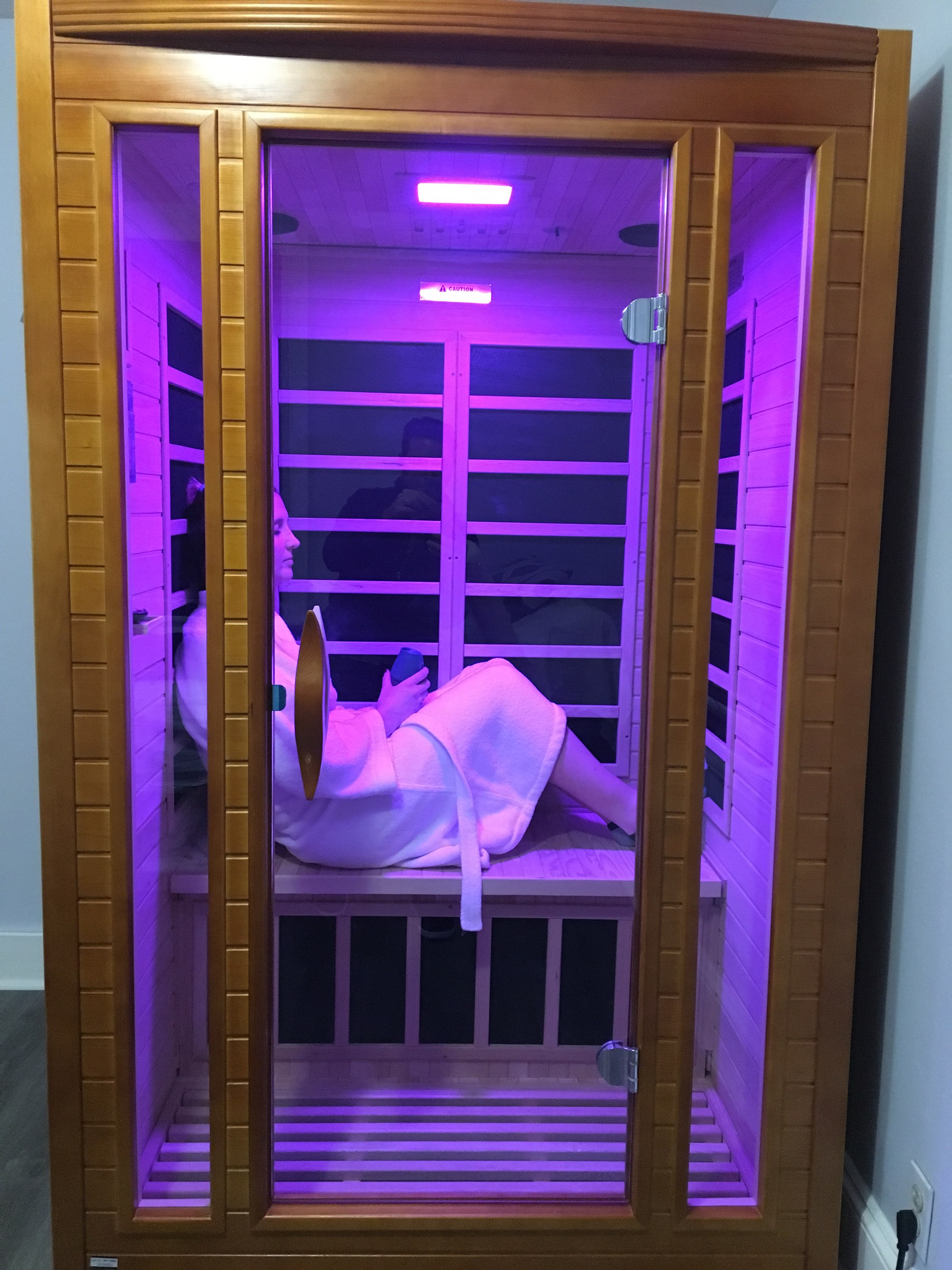 Suburban Cryotherapy provides infrared sauna therapy